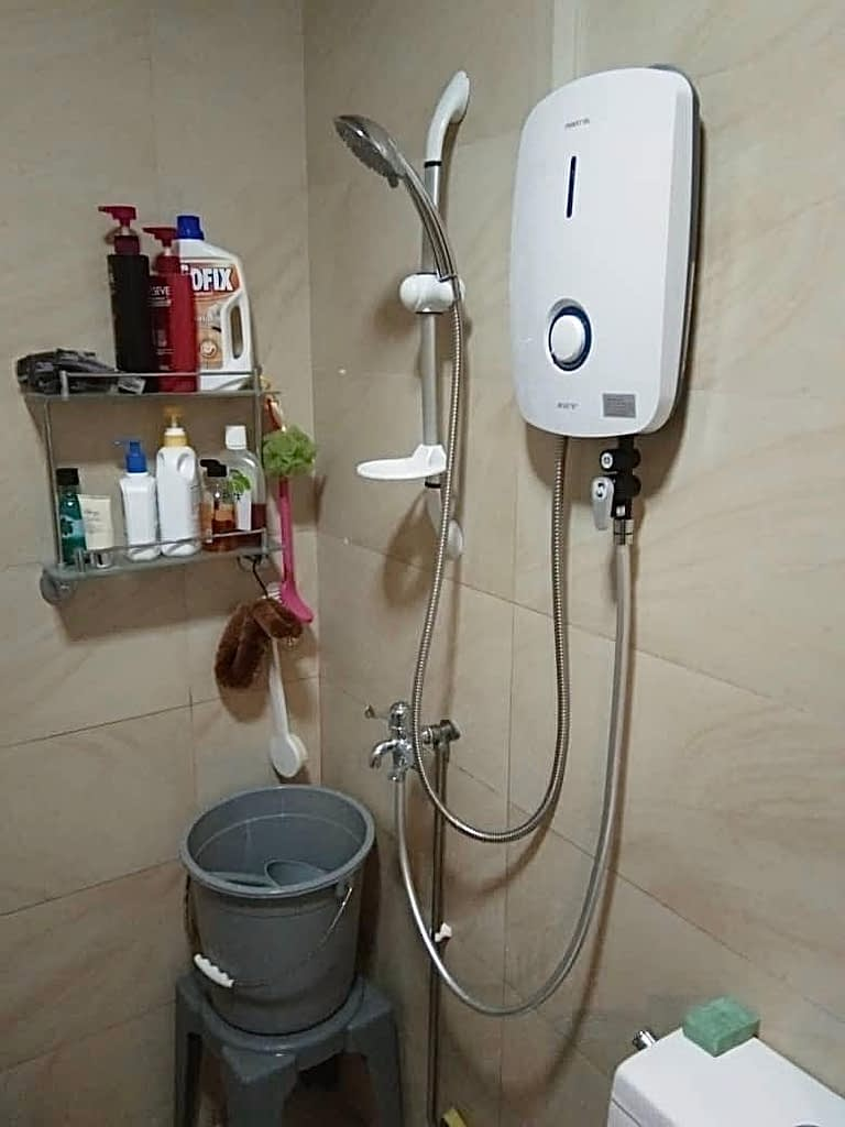 Repalce Water Heater In Sembawang Close