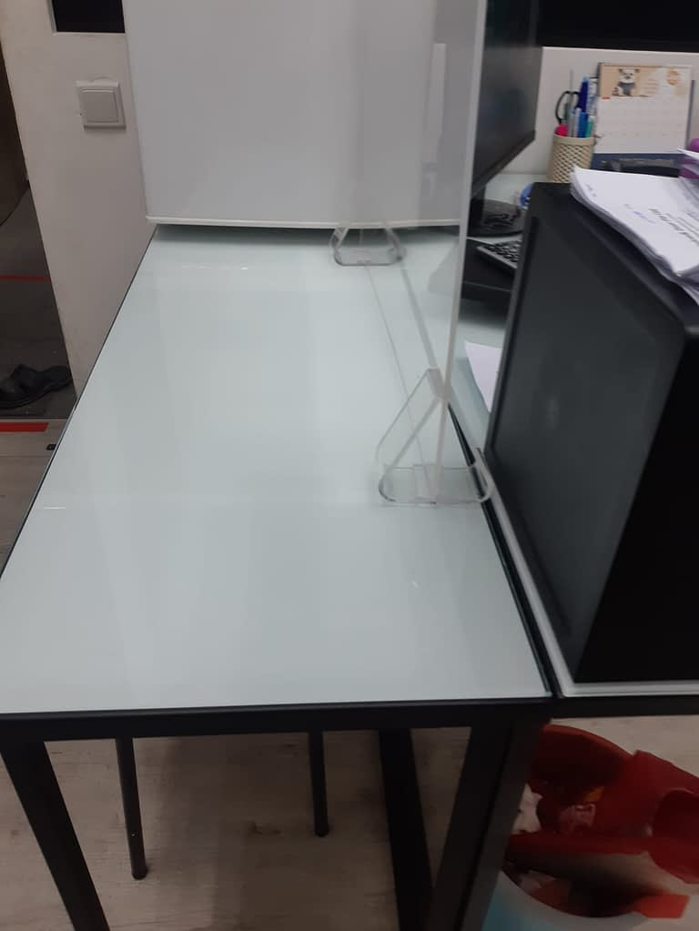 table divider for social distancing